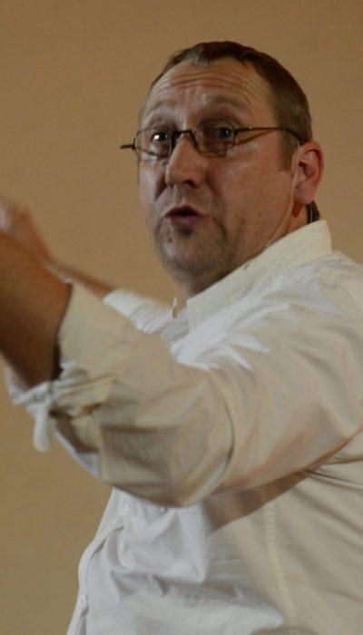 Ruediger predigt leidenschaftlich 2013 in Ergersheim